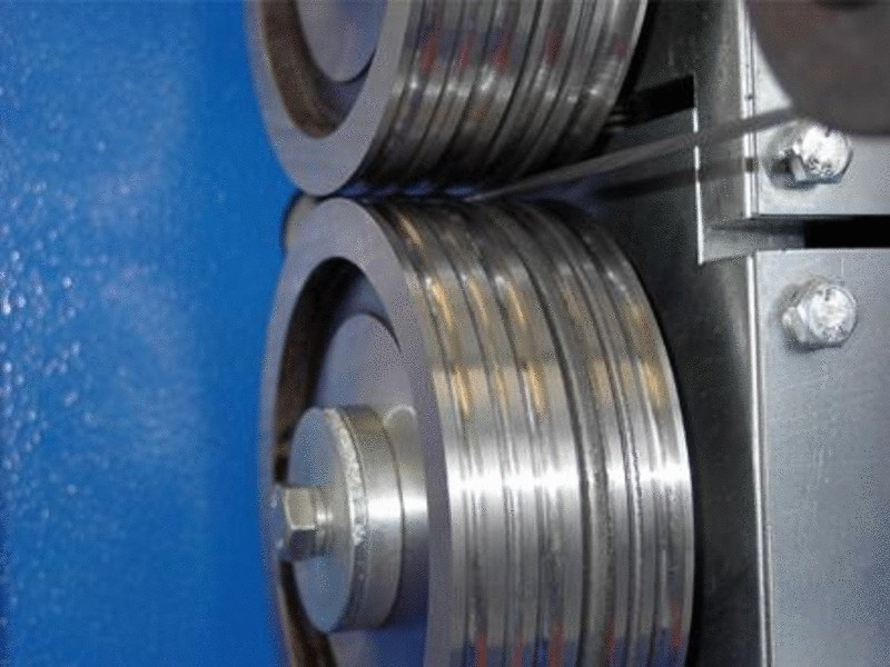 Towing pulleys