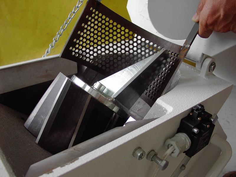 Rotor drviča - výmena sita